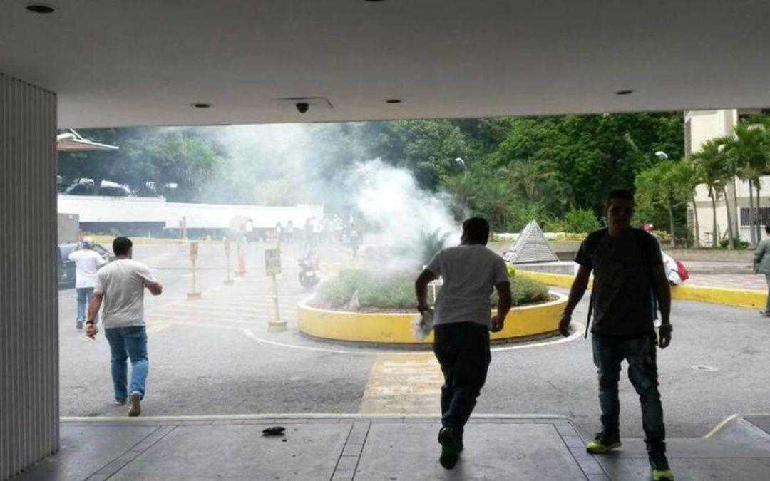 5 heridos dejó ataque de GNB en la Policlínica Metropolitana