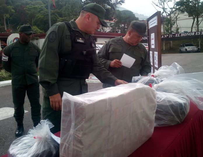 GNB detuvo a 13 personas por transportar 47 millones de bolívares en efectivo a Colombia