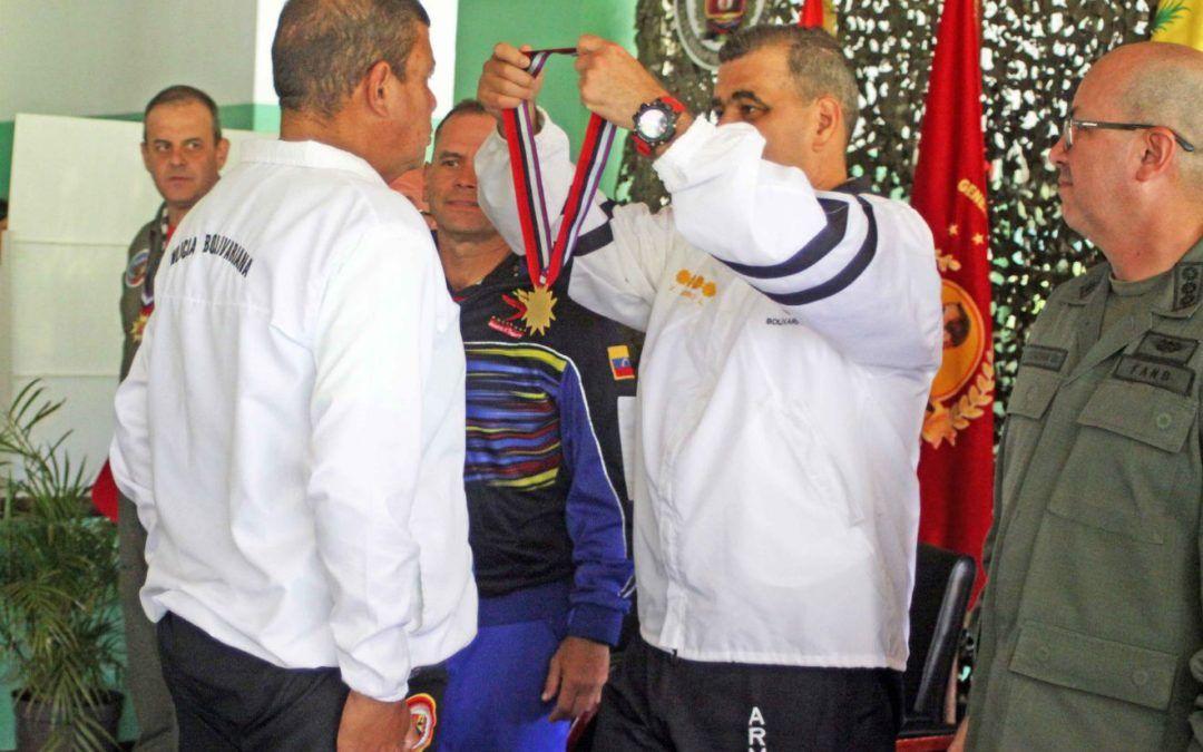 Ceofanb certificó instructores de vectores aéreos remotos para la defensa de la patria
