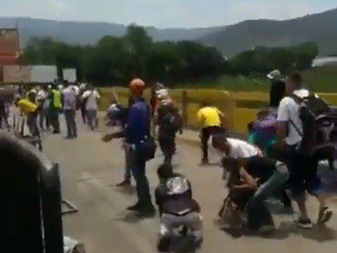 Ausencia de la GNB permitió fuerte balacera en el puente Simón Bolívar