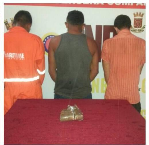 GNB Zulia detiene a 3 ciudadanos con una panela de marihuana en Mene Grande