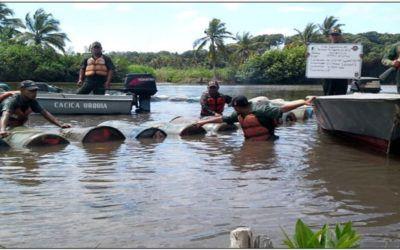 Van 63.800 litros de combustible incautados este mes en el río Limón