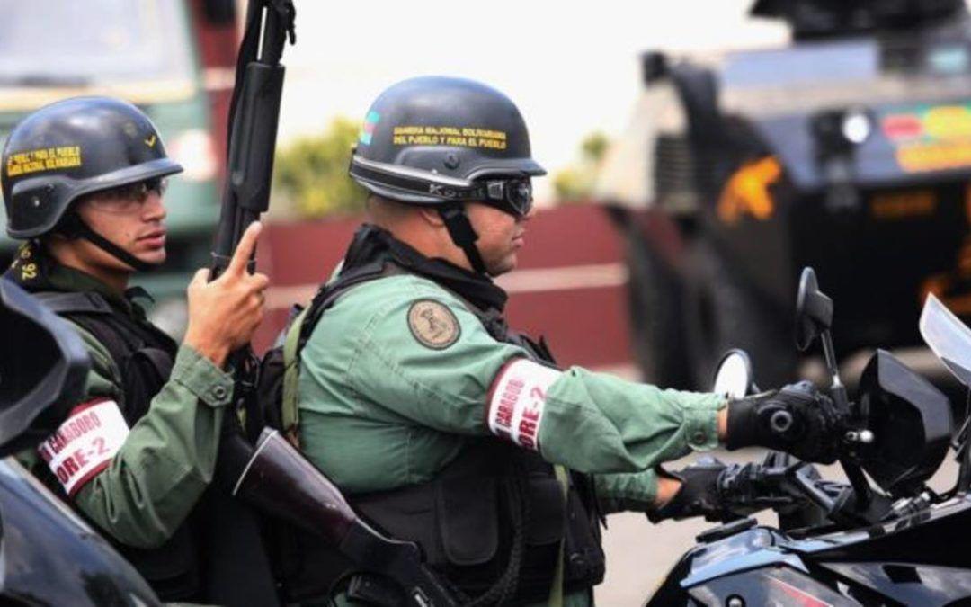Cómo son los procesos militares en contra de civiles detenidos en Venezuela