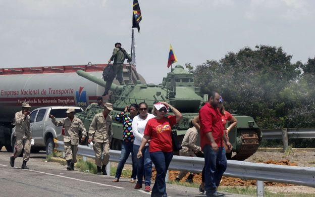 Crédito Archivo La Verdad Pueblo y fuerzas armadas se hicieron presente en el municipio San Francisco en el simulacro realizado por Fuerza Armada de Venezuela