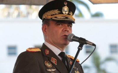 Padrino denunció acusación contra Venezuela de suministrar armas a grupos irregulares de Colombia