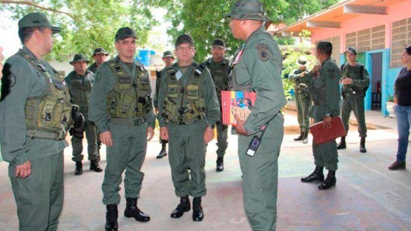 Ministro para la Defensa verificó el despliegue del Plan República en el Zulia