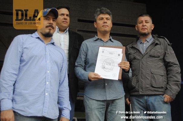 Investigarán a la Fanb por custodia a gandolas con presunto contrabando